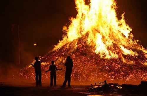 Bonfire скачать - фото 5