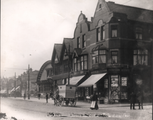 Liverpool Road before the building arrived (1910) © Salford Local History Library