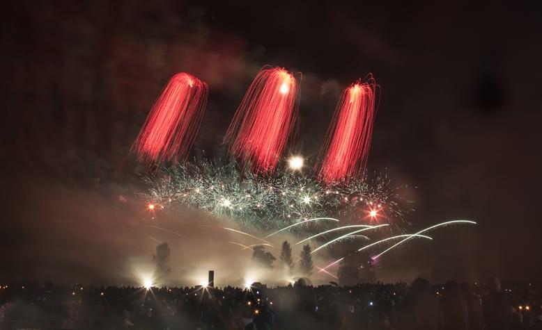 atom-fireworks-7