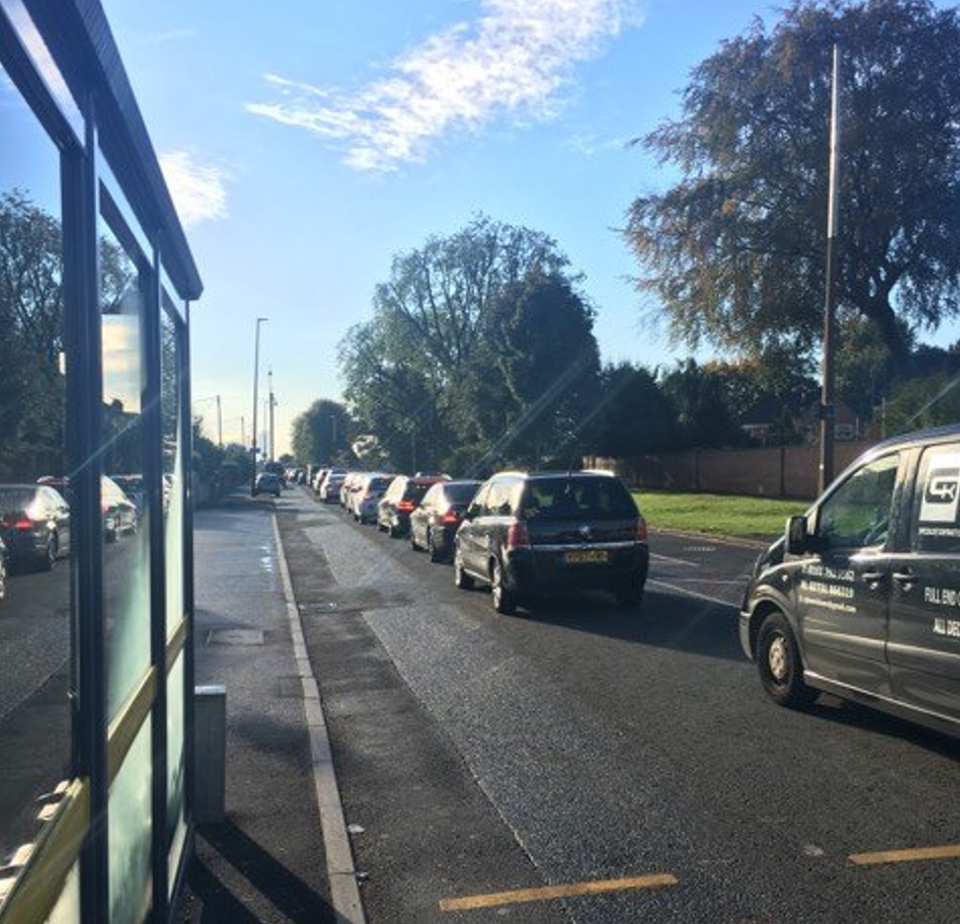 Queuing traffic on Littleton Road - Deyar Hawizi